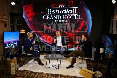 HOTEL 5 ETOILES BORDEAUX EVENEMENTS REUNION STREAMING CONVENTION ET EVENEMENT HYBRIDE STUDIO TV | adopte-un-evenement
